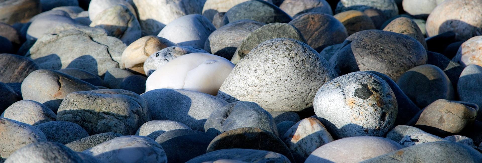 Stones 1920 650